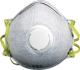 FFP-2 AKTÍV SZENES előformázott orrkengyel, kilégzést segítő fújó szelep,véd szerves gõzök hatása ellen a megengedett koncentráció alatti szintig, véd továbbá gyenge mérgek, mérsékelten veszélyes szilárd és folyékony részecskék, valamint szagok ellen